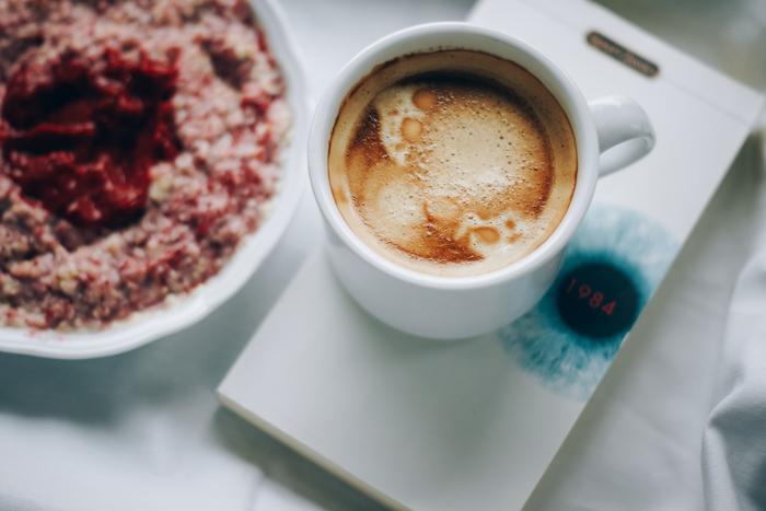 日本各地のコーヒー店の味を、まるで旅するかのように楽しめる…。通販も可能なら、そんな気分まで一緒にお届けすることが出来ます。一口飲んで「わっ、美味しい!」とほころぶあの人の顔を思い浮かべながら、選ぶ時間もまた楽しいですね。本当に美味しいコーヒーをじっくり味わう、そんな贅沢な時間を贈ってみませんか。