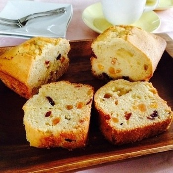 ケーキの材料に。 バターをたっぷりと使うパウンドケーキやマフィンとの相性は抜群です。