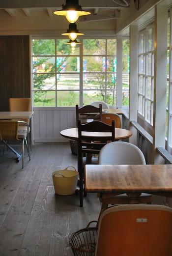 田園らしさが漂うこじんまりとしたカフェ。普段は11時オープンですが、夏季シーズンのみモーニングが楽しめます。素敵なモーニングで元気をチャージしたら、さぁ安曇野観光に出かけましょう。
