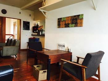 実力派の喫茶店やカフェがぽつぽつと存在する鳴門駅。そのなかでも代表的なお店「Bubo」は、15分ほど歩いたところにある人気のカフェです。