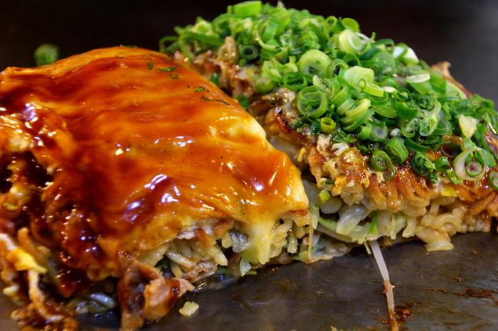 普段はお外に食べに行く方にも、是非チャレンジして頂きたい日本のヘルシーフード「お好み焼き」。キャベツをはじめ、いろいろな具材をたくさん使っているので、栄養バランスがいいんですよ。