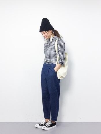 着るだけでトラッドな雰囲気になるギンガムチェックは、チェック柄初心者さんにも取り入れやすいですよ!