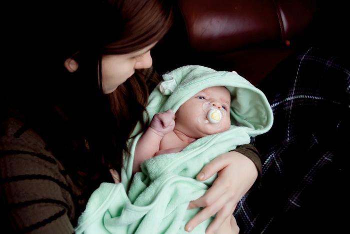 赤ちゃんを優しく包むおくるみ。肌に触れるものだからこそ、肌触りや品質にもこだわりたいものですね。