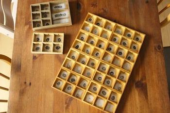 つなげるだけで、収集好きにはたまらない木箱が完成です。