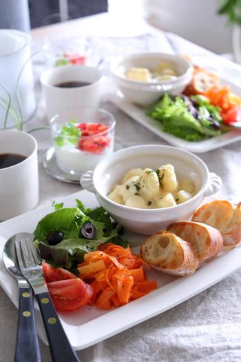 小さなおかずでも、味付けや食材をチェンジすることでバリエーションは無限に広がります。基本のレシピを頭に入れて、食材を無駄にしないよういろいろなアレンジに挑戦してみてくださいね♪