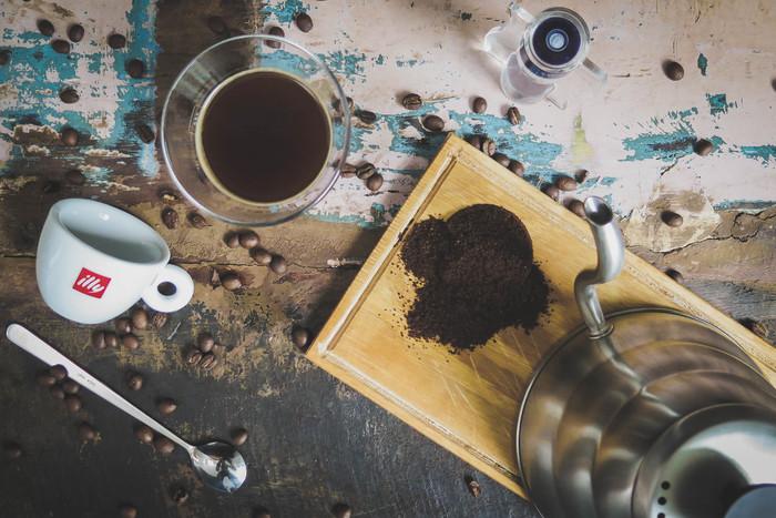 お気に入りのコーヒーグッズを揃えたら、自分の好みの味や香りを追求してみましょう♪ 毎日のコーヒーブレイクがより幸せな時間に変わるかも。