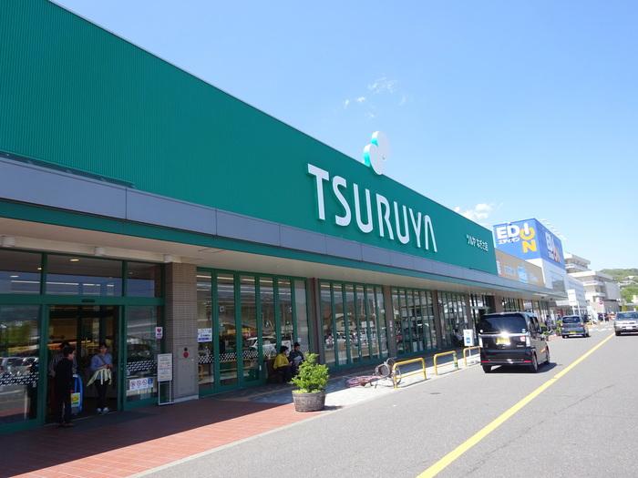 観光地でゆっくりお土産を選ぶ暇がない! という時は、長野県下のみ展開している「スーパーツルヤ」に出かけましょう。