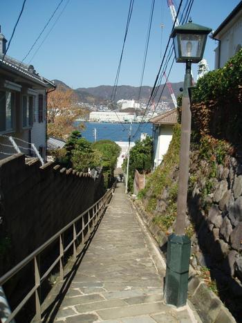 海を見渡せる異国情緒あふれる景色を、どんどんではなく、ゆっくり下りながら眺めたいですね。グラバー邸やハウステンボスなど、長崎観光をする時に立ち寄ってみてはいかが?