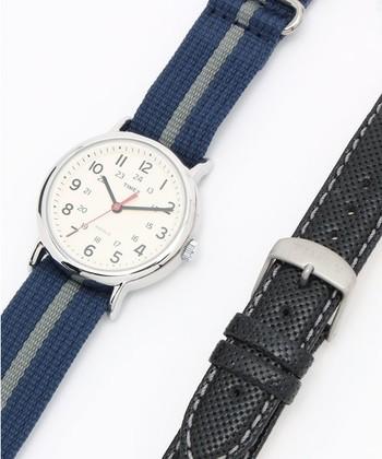 WEEKENDERはベルトの付け替えが出来るのが魅力の一つ。ベルトは種類も豊富で選ぶのに困るほど!何本か持っておいてその日の気分によって付け替えるなんてことも可能。腕時計の楽しみ方を広げてくれるWEEKENDER。そんなWEEKENDERのおすすめのベルトをご紹介します♪