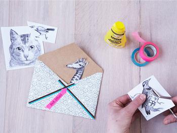 マスキングテープと手書きの文字やイラストを組み合わせたり…。