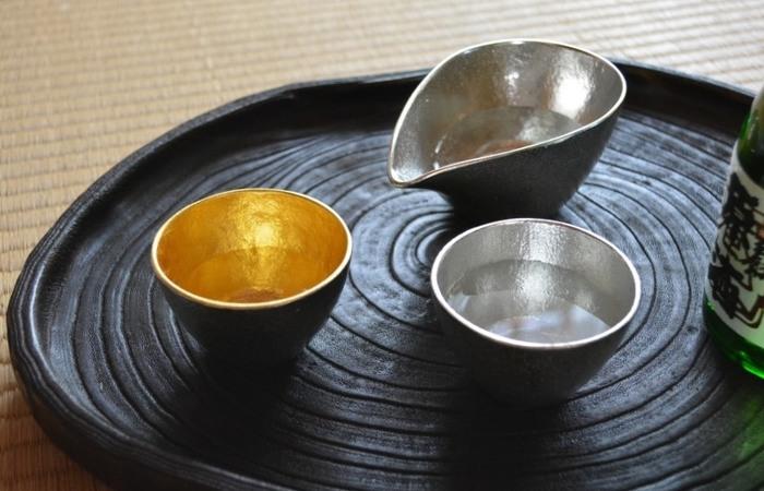 お酒も、日本酒やワインなど小麦由来でなければ飲んでも大丈夫。これに対し、ビールや発泡酒は麦芽を使っているのでNG