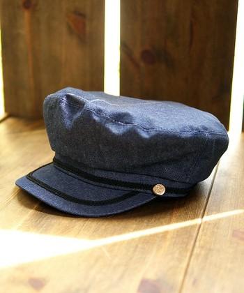 日よけだけじゃなくって、オシャレのためにも被りたいね。『夏の帽子コーデ』スナップ集