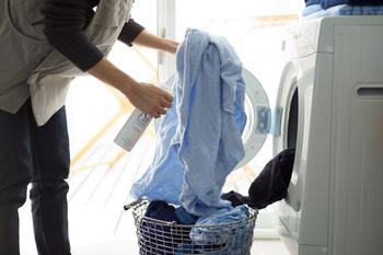 部屋干しにつきものの生乾き臭が気になるときは、干す前にA2ケアをひと吹き。洗濯物が乾いた後にあのニオイがなくなった!という驚きのお声も。