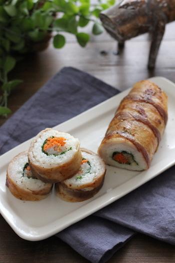 肉巻きおにぎりならぬ、肉巻き寿司。ユニークですね。肉のボリューム感だけでなく、お寿司らしいきれいな断面を見せられるところが、とっても魅力的なメニュー。おなかいっぱいの食べ応えと見た目の美しさ、いいとこどりのアイデア寿司です。