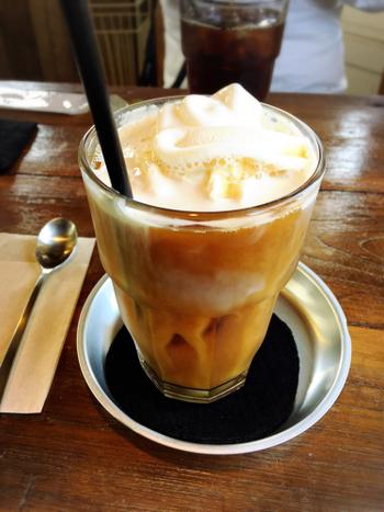 深煎りドリップコーヒーや、アイスコーヒーフロートなどがあり、まったり落ち着いた時間を過ごせることができます。本当は秘密にしておきたい素敵なカフェです。