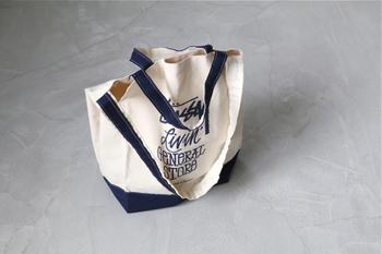 そこで、シンプルでいておしゃれさがある軽量トートバッグをご紹介します。 是非、快適なお出かけのアイテムのひとつとして参考にしてみてくださいね。