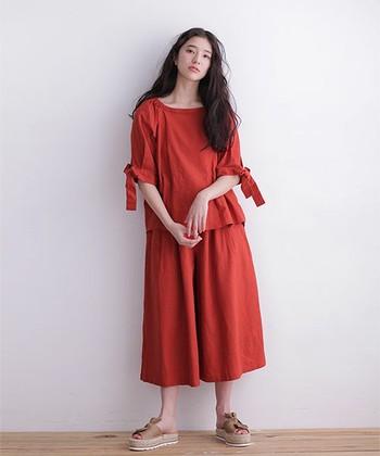 トレンドカラーやアイテムを上手に取り入れることで、周りと差がつく大人のオシャレの完成です♪ 今年の春夏は「赤」コーデでファッションをもっと楽しみましょう♡