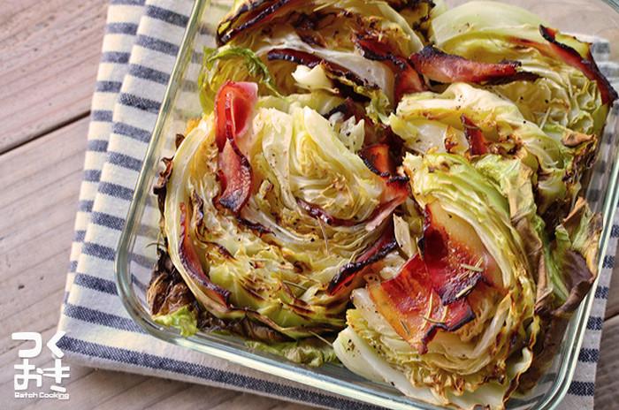 フライパンやオーブンでこんがりと焼き色がついた野菜は、それだけでおいしそうですよね。好きなハーブやスパイス、香りの良いオリーブオイルやごま油で野菜をメインにしっかりといただきましょう。