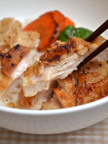 「鶏むね肉」でメインディッシュ!ランチにも、夜ご飯にも活躍する〈調理別〉レシピ