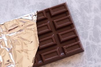 もはや全国区になりつつある、板チョコ。マイルドなコクと深みを出すなら間違いないアイテムです。