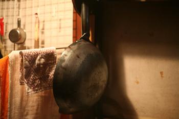 熱伝導率がいいため、パパッと炒めることができるので素材の味を存分に活かした本格的な料理ができます。炒めものから揚げ物までいろんな料理に使える頼りになる鍋です。