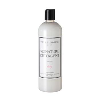 リネン製品を洗う時も、素材にやさしく、ナチュラルな香りに包まれていたいですよね。キナリノでもおなじみの「THE LAUNDRESS」の洗剤は、リネンを洗う時にもオススメです。