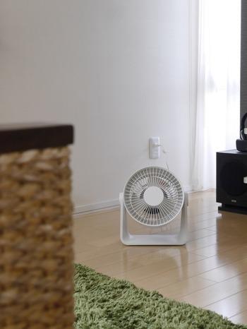コンパクトなタイプと大風量のタイプがありますが、どちらも低騒音ファンを使っているので、音が静かです。お部屋の空気がいつも動いていれば、清々しい気持ちになります。