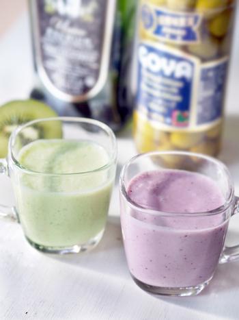 お好みのフルーツにオリーブ&オリーブオイルをミックスしたスムージー。スムージーにオリーブは、ちょっぴり意外ですが、オリーブの香りがふわりと広がり美味しいですよ。