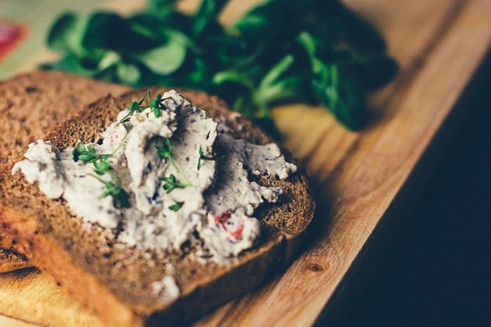 お手軽に手に入る、作れる!『トースト』を使った満足おやつレシピ♪