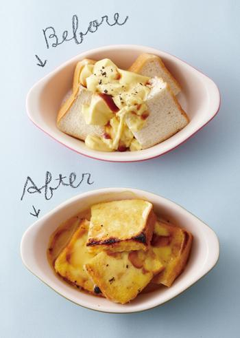 プリンを使った簡単プディングレシピ。プリンとバニラビーンズを混ぜたプディング液を、グラタン皿に入れた4等分の食パンの上からかけて焼くだけです。即席なのに、濃厚で香り高いパンプディングが味わえますよ。