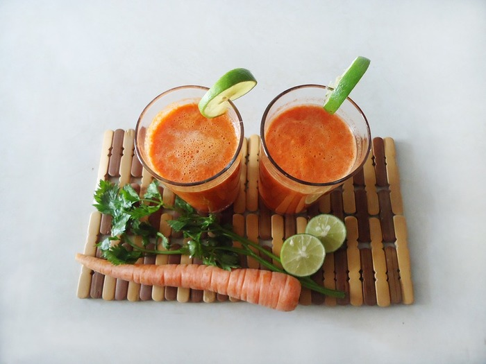 野菜はたっぷり取りたいけれど、野菜スムージーは苦手…という人でも、果物とミックスさせることで、とても美味しく飲めますよ。