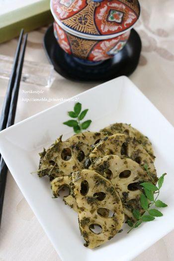 茶殻を材料とあわせて炒めるだけの簡単レシピで、もう一品欲しい時や、やおつまみにぴったりです!緑茶の程よい苦みがクセになりそう。