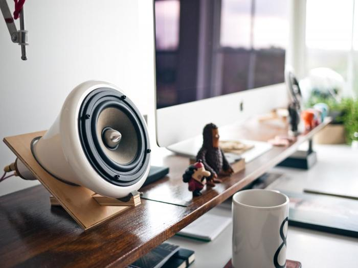 家事の合間にほっと一息。コーヒータイムにもいつもと違うくつろぎが生まれます。忙しい毎日だからこそ、休憩するときは音楽でメリハリをつけるのも良い気分転換になります。