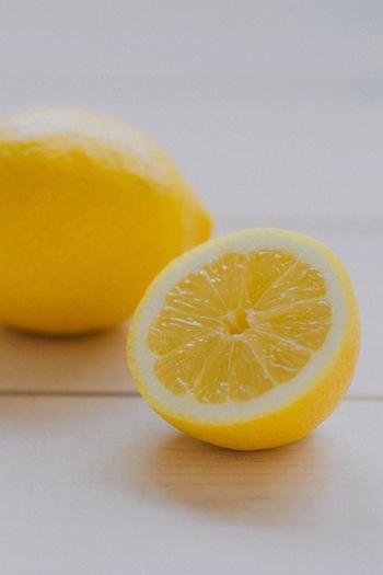 手づくりなら、爽やかなレモンの風味がより一層楽しめます♪ 甘いものが苦手な方でもおいしくいただけるかも!