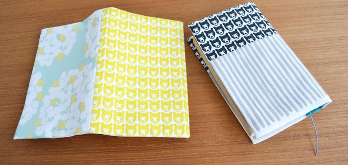 ブックカバーは、本を傷付けることなく持ち歩くことができます。外出時の読書には必須アイテムですよね。布や紙のブックカバーは、手軽に使えますし、デザインが豊富なのでおすすめです。