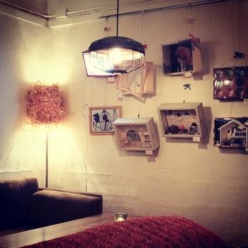 また、店内の一部がギャラリーとなっており、季節ごとに様々な展示が行われています。アート好きの方にもオススメです*