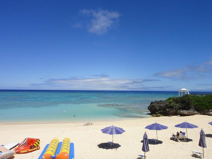 プライベートビーチやテラス。自然の美しい眺めはラグジュアリーで時を忘れます。