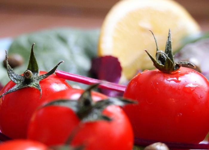 ヘルシー気分でお菓子を食べよう。トマト、かぼちゃ、にんじん・・・〈野菜のおやつレシピ〉