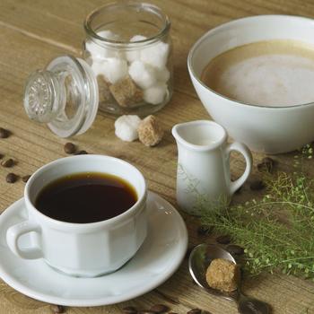 コーヒーは、西宮市苦楽園にあるTAOCA COFFEEさんのお豆を使っています。TRITON BLEND(中煎り)とHOUSE BLEND(深煎り)の2種類から選べますよ。