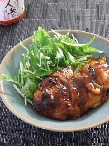 こちらは、人参ジャムを使った鶏肉の照り焼き。ジャムを使うと、いい照りと優しい甘みが加わって、ほっこりした味になります。みかんと人参のジャムを使っても、爽やかなおいしさになりそうですね。