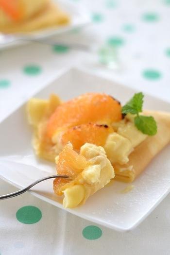 焼いたグレープフルーツとお手製カスタードクリームをあわせた、スペシャルなおやつクレープ。おもてなしにも良いですね。