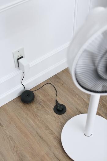 コードをつないでもつながなくても大丈夫な持ち運び式。扇風機はクーラーと異なり全体を涼しく出来ませんので、とても便利です。