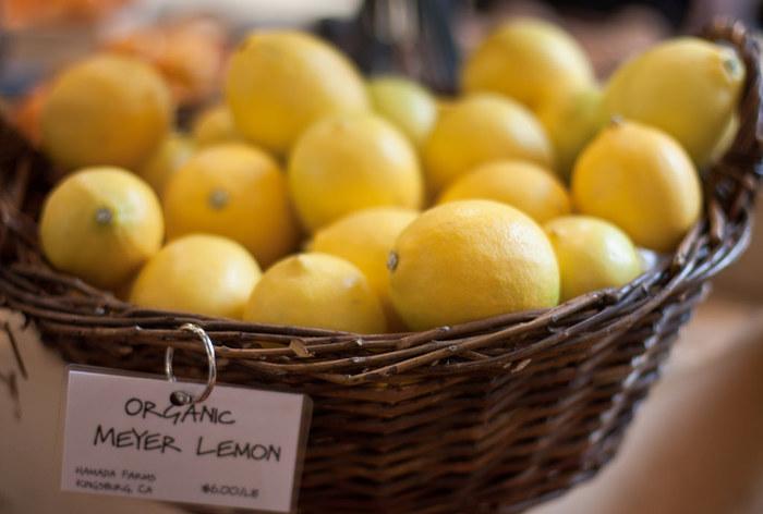甘酸っぱさが夏のレシピにピッタリ合う、レモンを使ったレシピをたくさんご紹介しました。 毎日のお料理やお菓子作り、ホッと一息つくときのドリンクなど色々活用してみて下さいね!