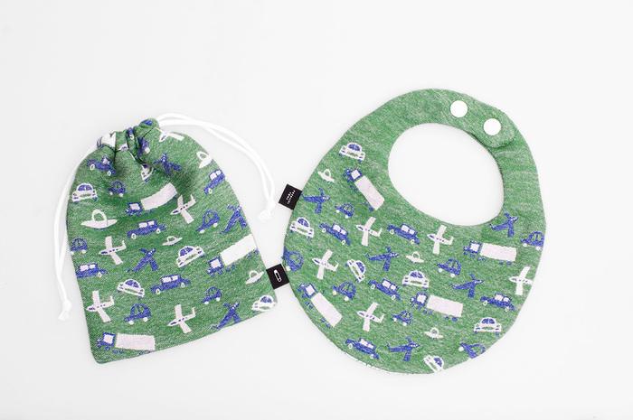 型紙を使ってこんなに可愛い巾着とスタイが作れちゃいます♪