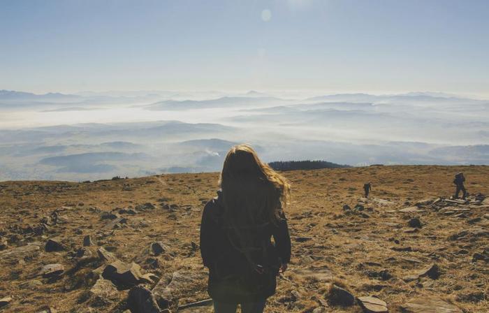 朝の散歩、ジョギングやヨガなど清々しい朝の太陽を浴びながら体を動かしましょう。一心に体を動かして頭も心もクリアにし、オフの日を気持ち良くスタートさせましょう。