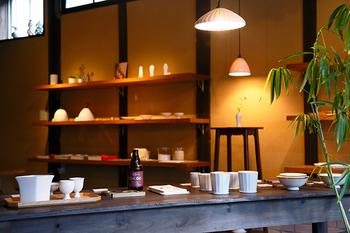 本場有田にある直営店「今村製陶 町家」の他、全国各地にお取り扱い店舗があり、ネット通販もあるので気になった方は是非チェックしてみてくださいね。