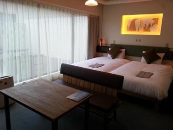 宿泊は、シンプルなデザインがお洒落な北館と、日本の美をモダンに表現した南館のお部屋に分かれます。とことんアートを楽しみたい方は、アーティストによるデザイナーズルームに泊まってみるのもおすすめ♪