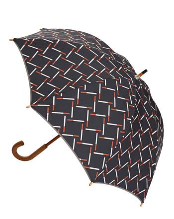 赤、オレンジ、白のラインがつくりだす模様は、メンズライクな雰囲気が魅力。デニムやシャツなど、かっこいいコーデと合わせて、かっこよさを楽しみたくなる傘です。