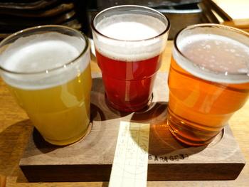 気になるビールがたくさんある方は、小さめグラスで飲み比べすることも。一言にビールと言っても様々な味わいがあり、ビールが苦手な方もおいしくいただけそう。
