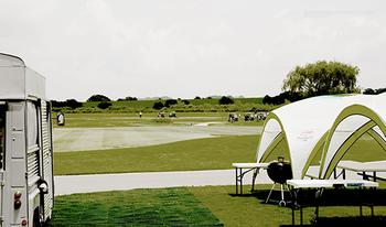 どんなレベルの人も楽しめる美しいゴルフコース。